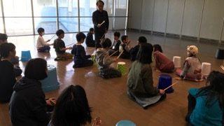 手島先生によるリズム練習は小1以上の生徒さんが参加しました♪